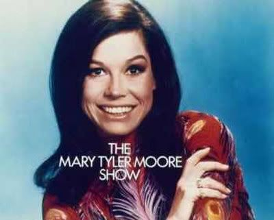 My visit to Vegas... - Page 6 Mary-Tyler-Moore-Photograph-C101111