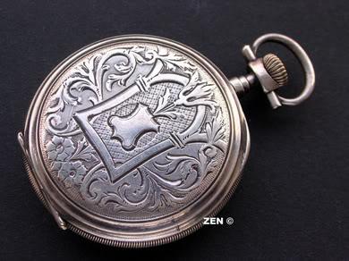 Chronomètre anonyme... Quelle humilité ! Chronomtreargent112005dos