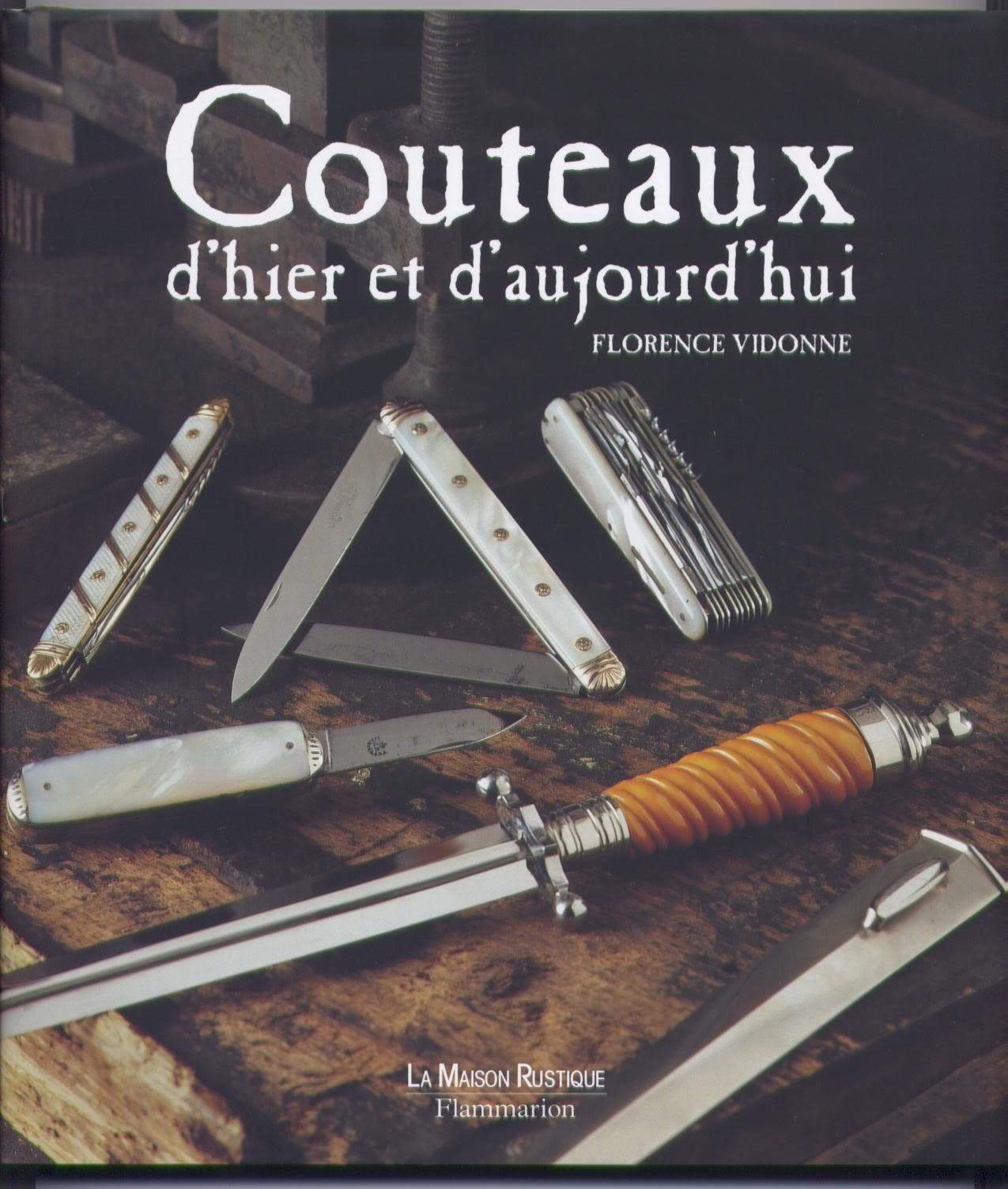 HS - Couteaux . Un nouveau livre Couteaux