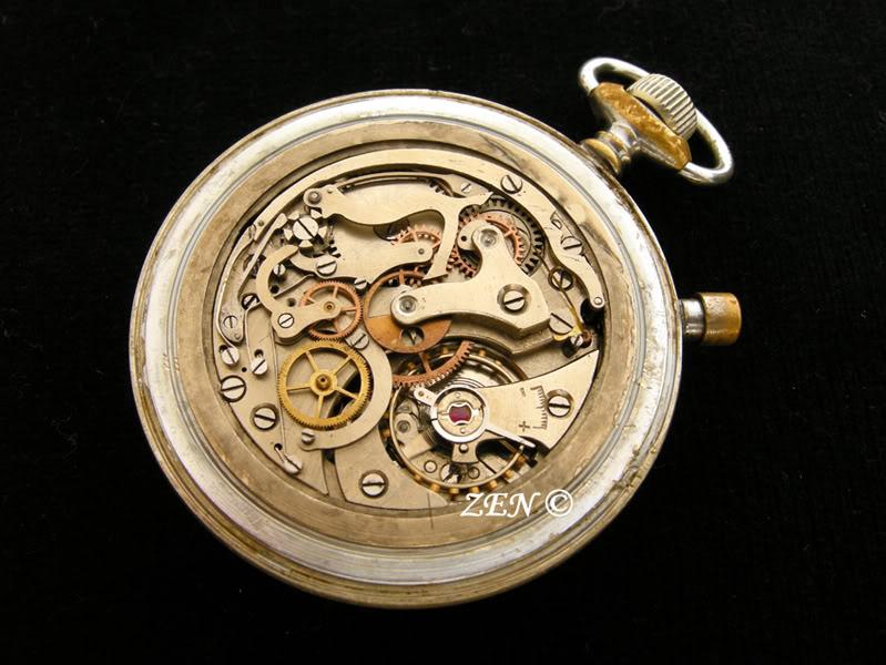 Hanhart un chrono militaire de poche avec un calibre de montre bracelet  Hanhartchronocalibre2