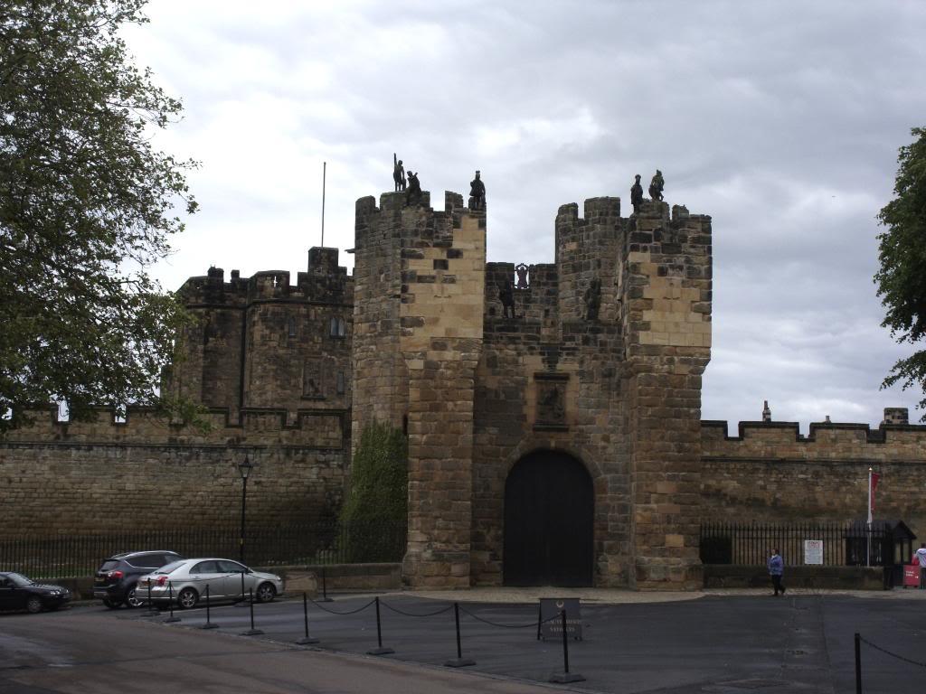 Alnwick - Alnwick Castle SDC12143