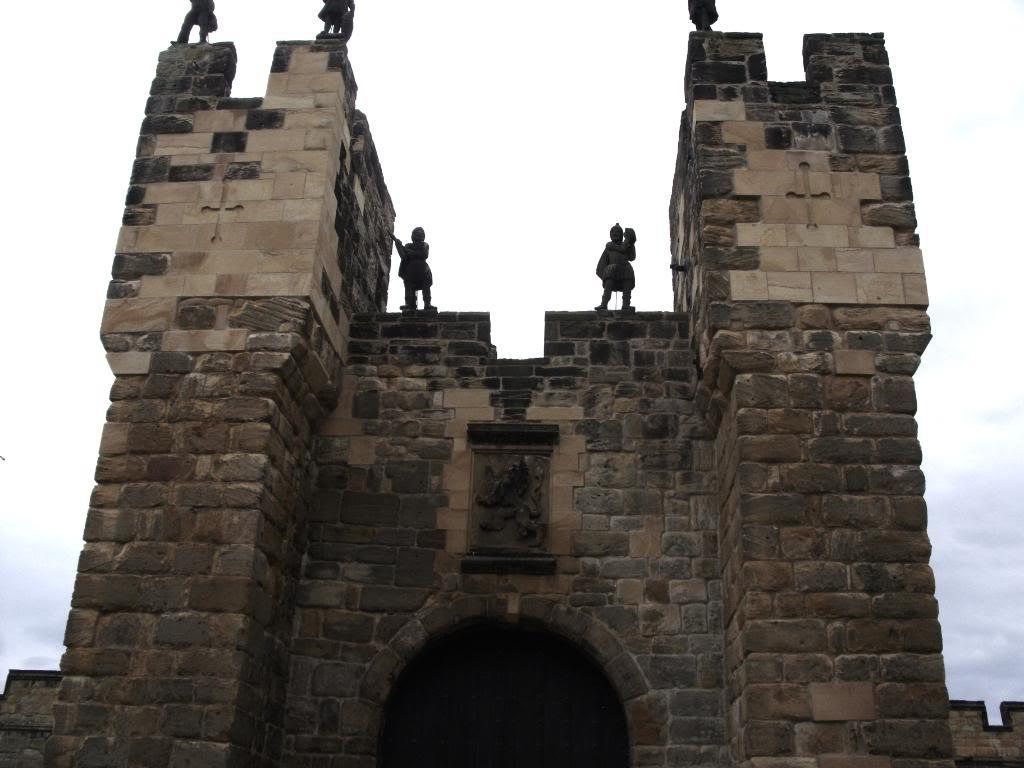 Alnwick - Alnwick Castle SDC12145