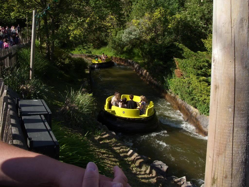 Alton Towers Theme Park Review SDC12119