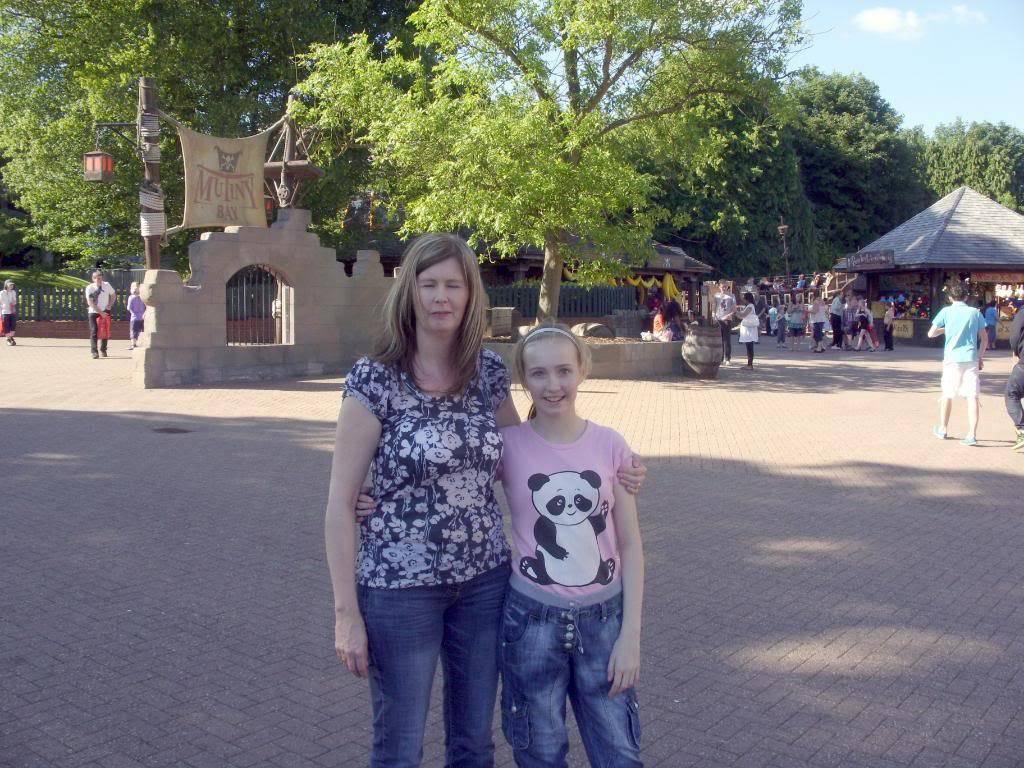 Alton Towers Theme Park Review SDC12121