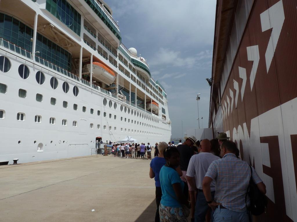 Grandeur of the Seas/med cruise  P1110799