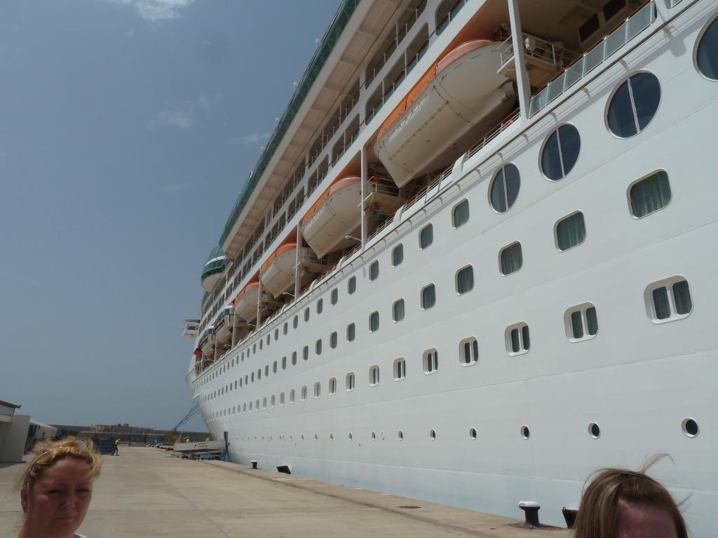 Grandeur of the Seas/med cruise  P1110801