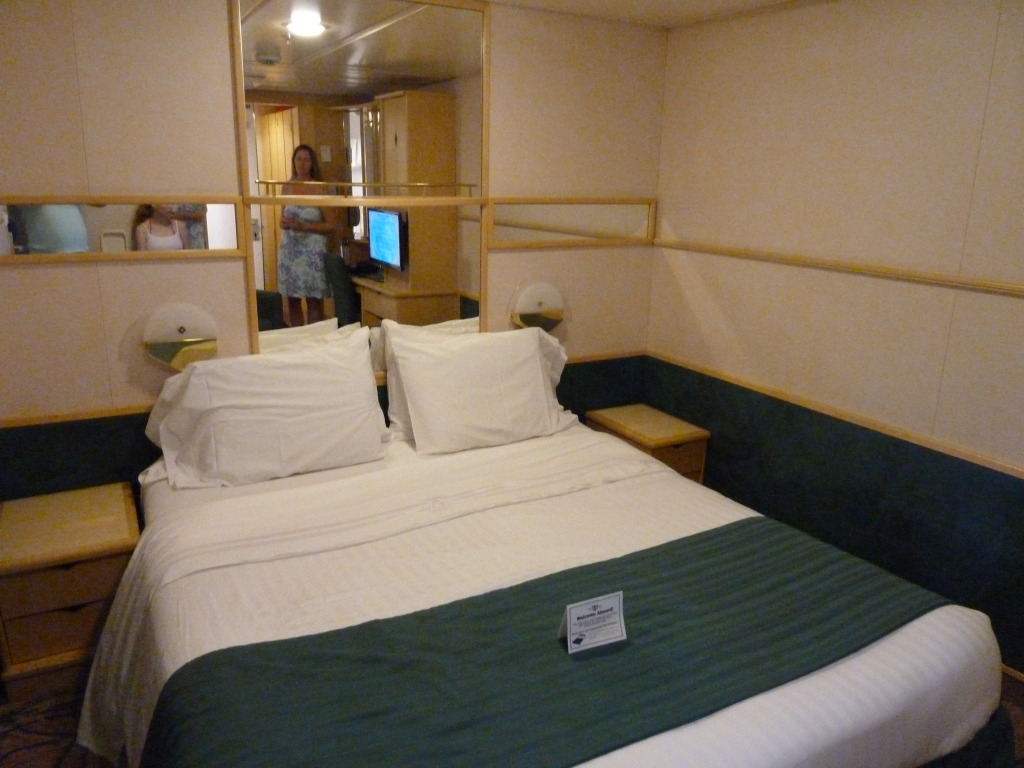 Grandeur of the Seas/med cruise  P1110802
