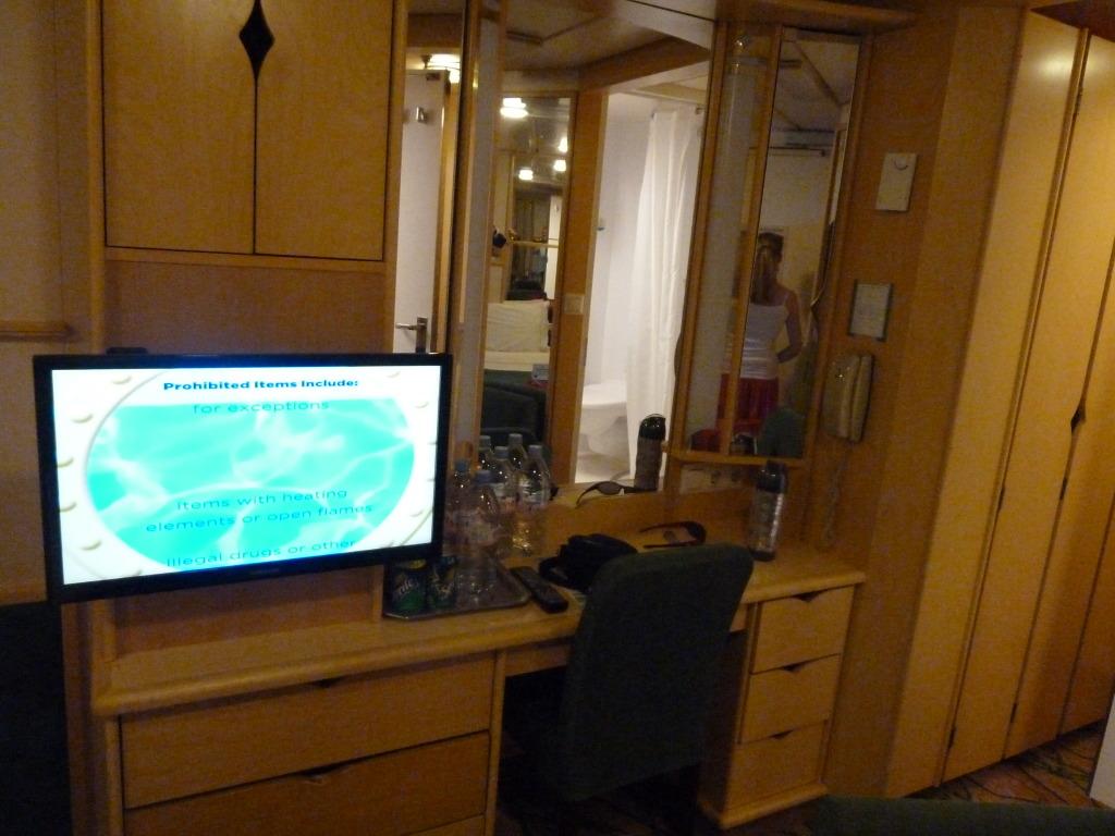 Grandeur of the Seas/med cruise  P1110803