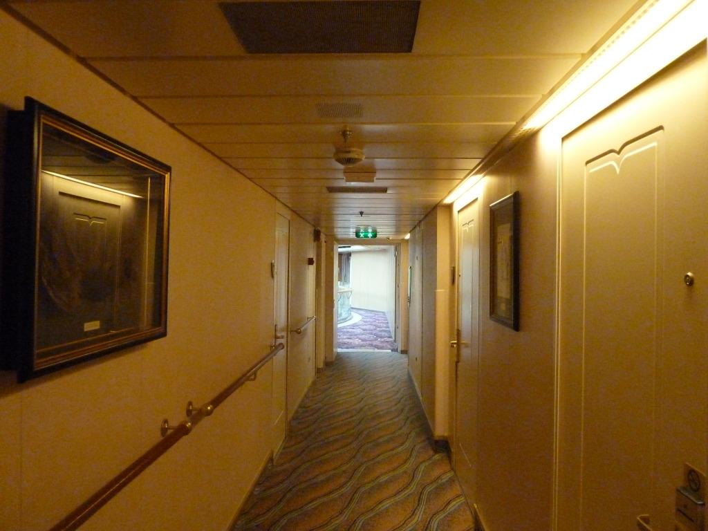 Grandeur of the Seas/med cruise  P1110807