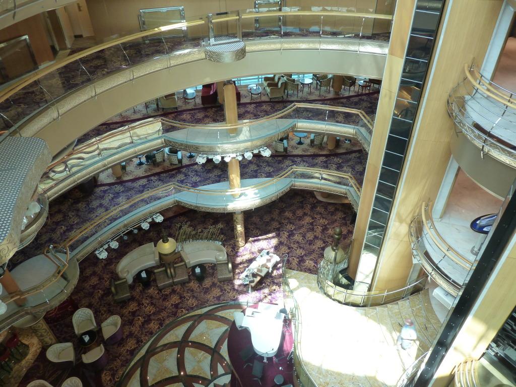 Grandeur of the Seas/med cruise  P1110808