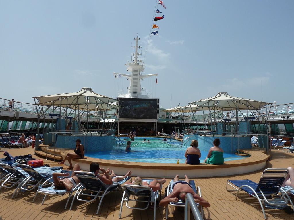 Grandeur of the Seas/med cruise  P1110810