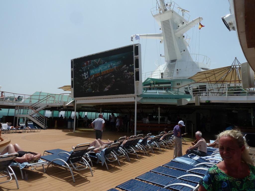 Grandeur of the Seas/med cruise  P1110811