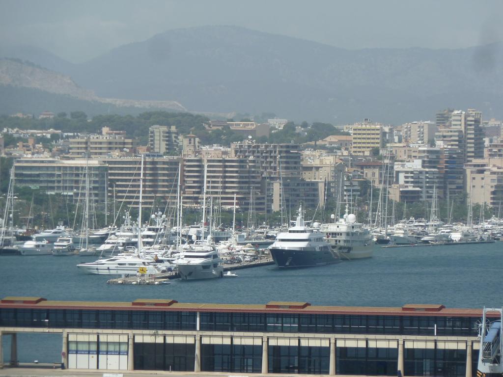 Grandeur of the Seas/med cruise  P1110819