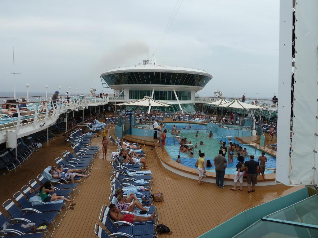 Grandeur of the Seas/med cruise  P1110863