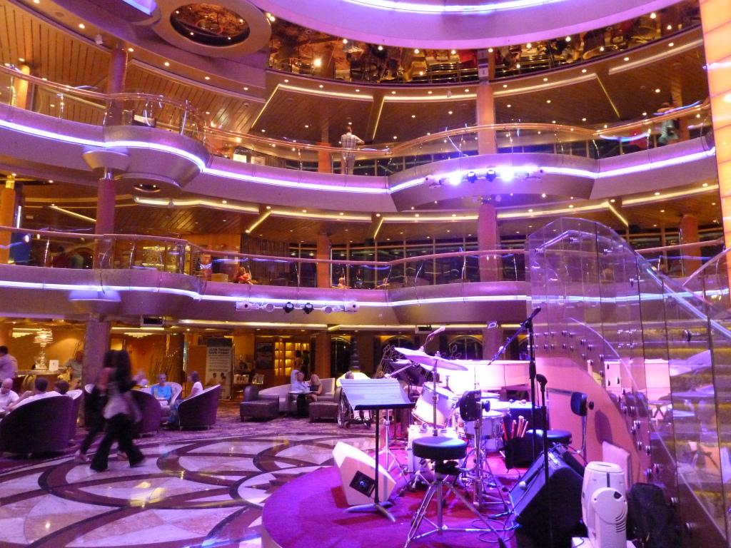 Grandeur of the Seas/med cruise  P1110881