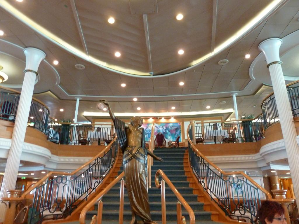 Grandeur of the Seas/med cruise  P1110888