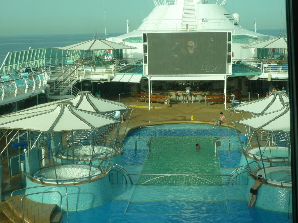 Grandeur of the Seas/med cruise  P1120081