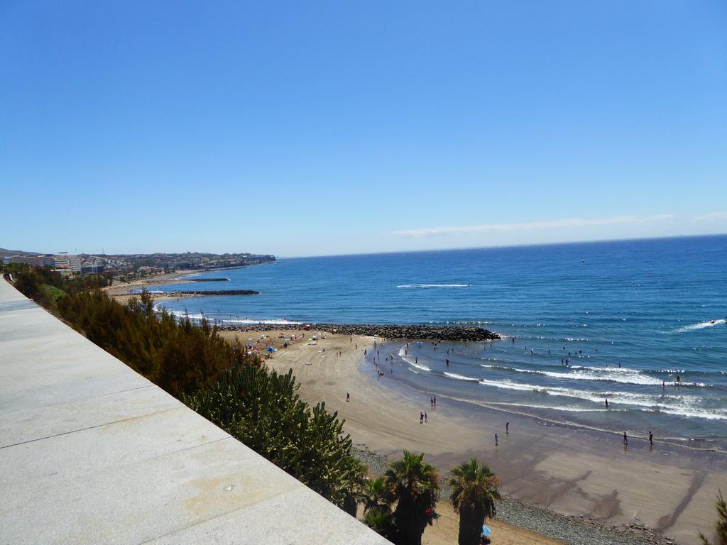 Canary Islands, Playa Del Ingles, Maspalomas  P1010084