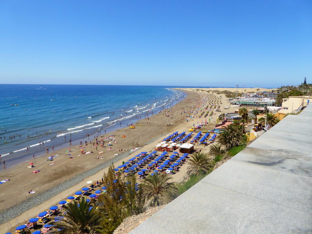 Canary Islands, Playa Del Ingles, Maspalomas  P1010085