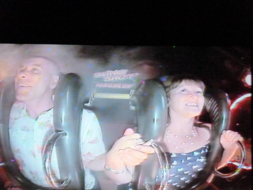 Ramblinman and Sandra getting brave P1120551