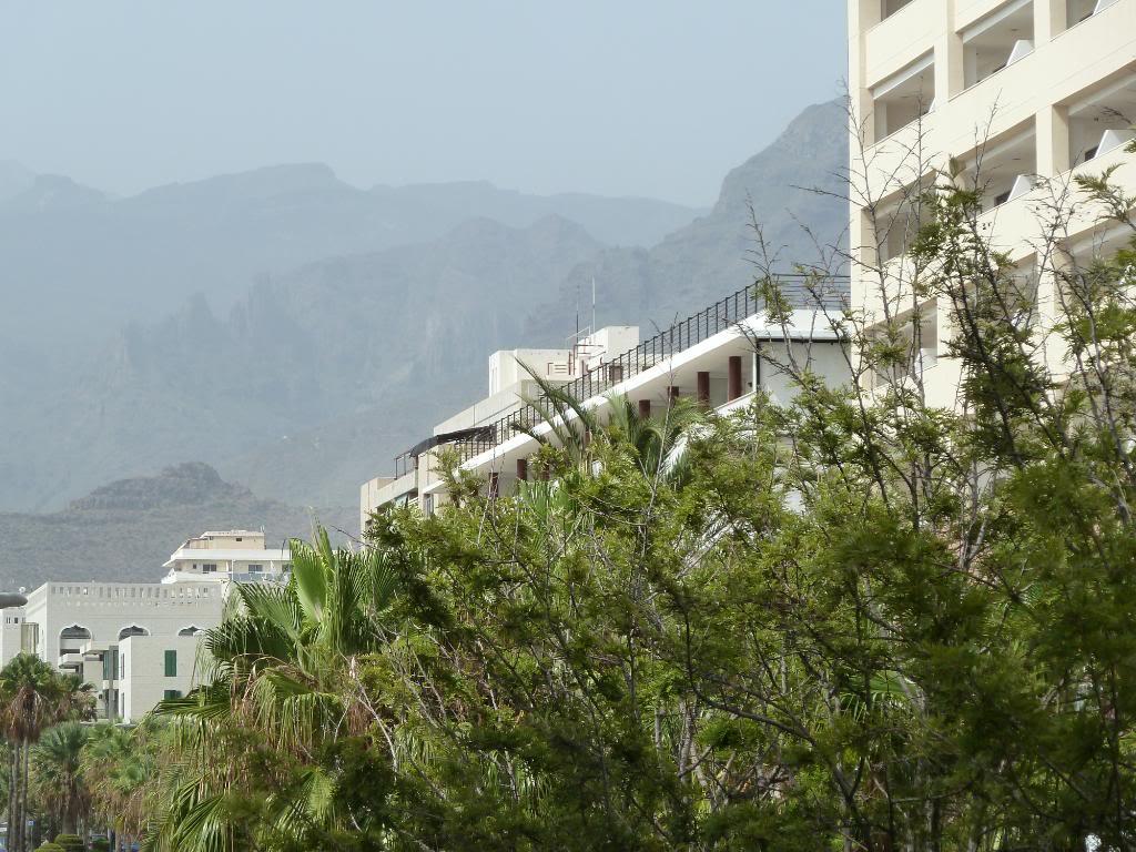 Canary Islands, Tenerife, Playa De las Americas, Hotel Vulcano P1090670