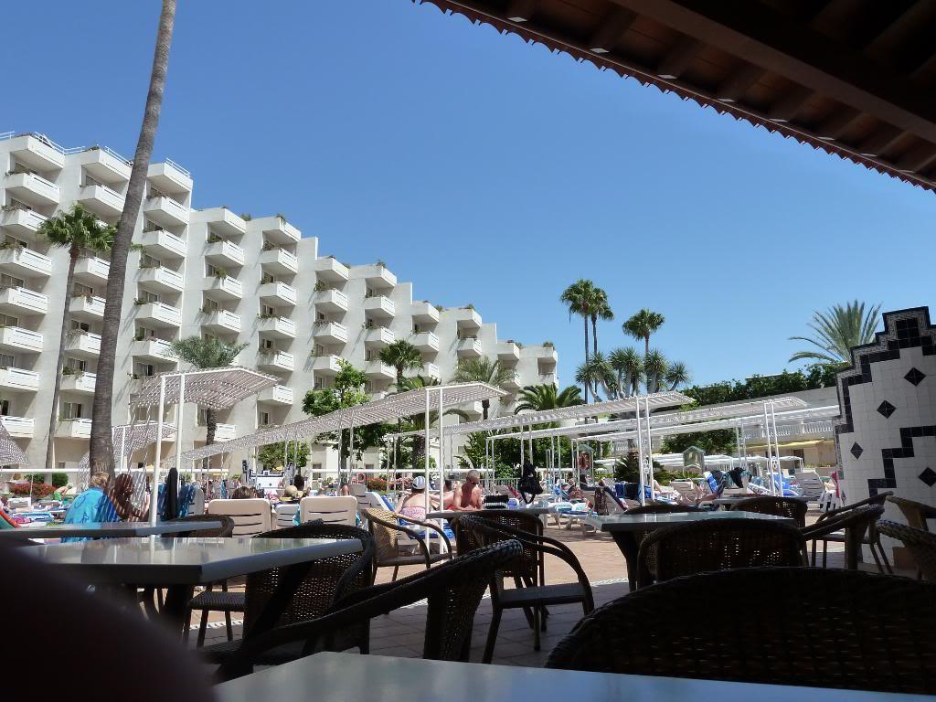Canary Islands, Tenerife, Playa De las Americas, Hotel Vulcano P1090720