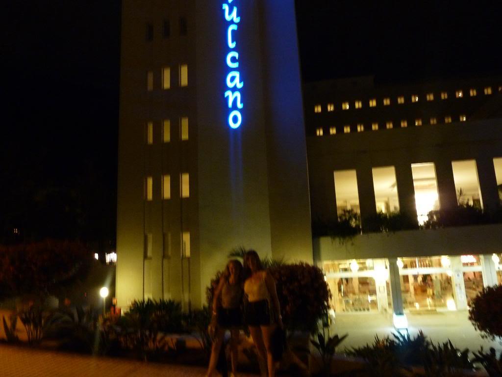 Canary Islands, Tenerife, Playa De las Americas, Hotel Vulcano P1090789