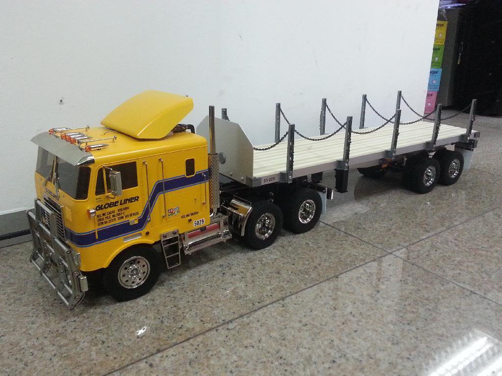 Oceanic's Tamiya 1/14 Globe Liner 6x4 Semi Truck 20140126_112614_zpsrrmdtdwk