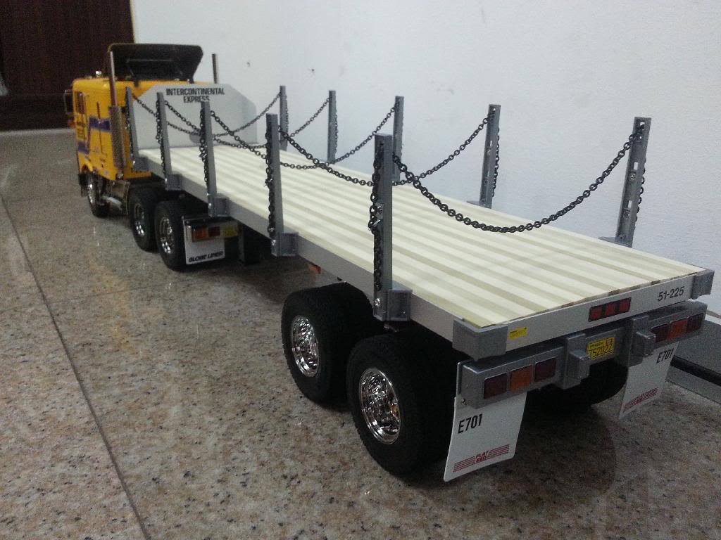 Oceanic's Tamiya 1/14 Globe Liner 6x4 Semi Truck 20140126_112626_zpsp7h5nj9i