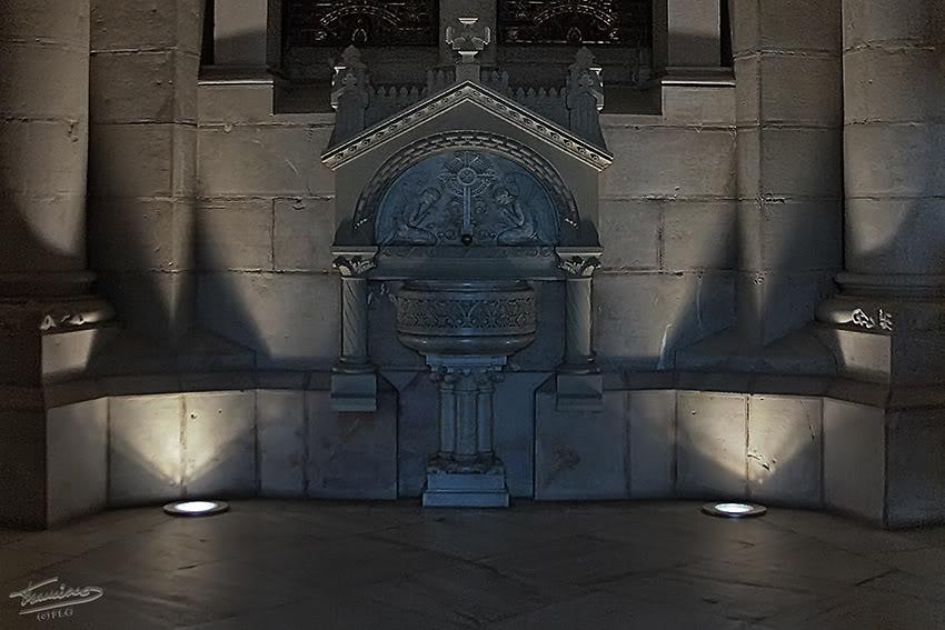Interior de la Almudena MADRID10II_005R1reduc