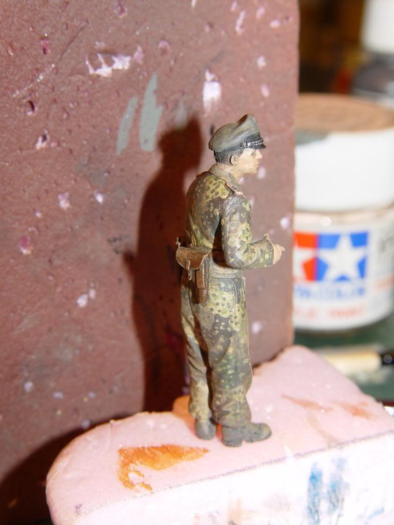 Un figurine terminée, tout un exploit pour moi SSHLJ004_zps36e56f20