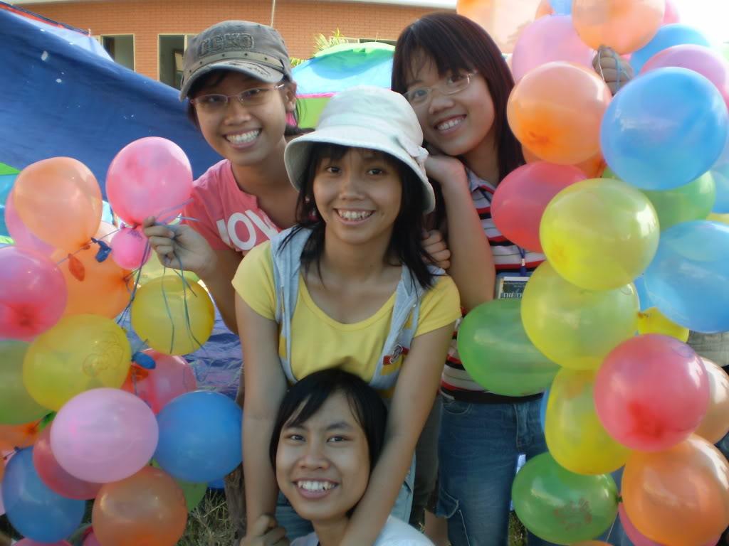 Hình của lớp chụp kỷ niệm hội trại 26/03/2008 P3200032