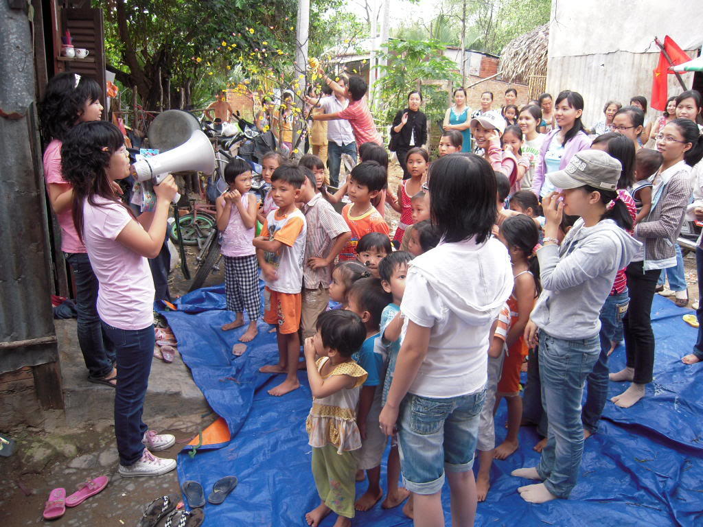 Hôi sách từ thiện Picture090