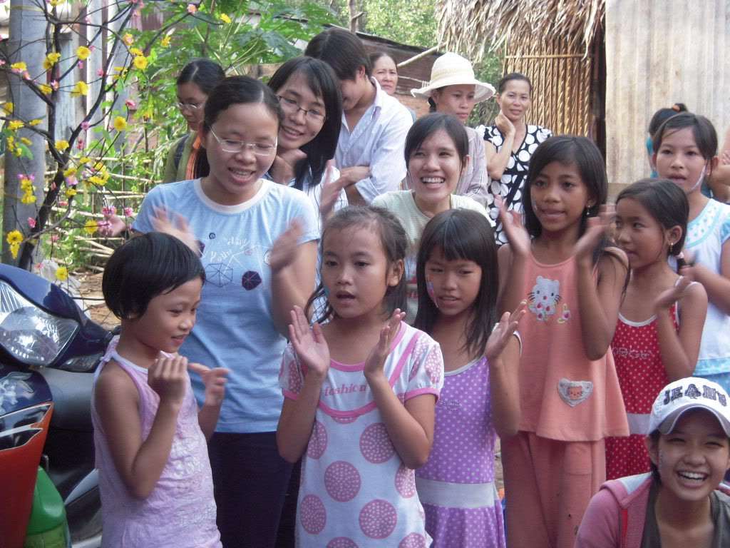 Hôi sách từ thiện Picture108