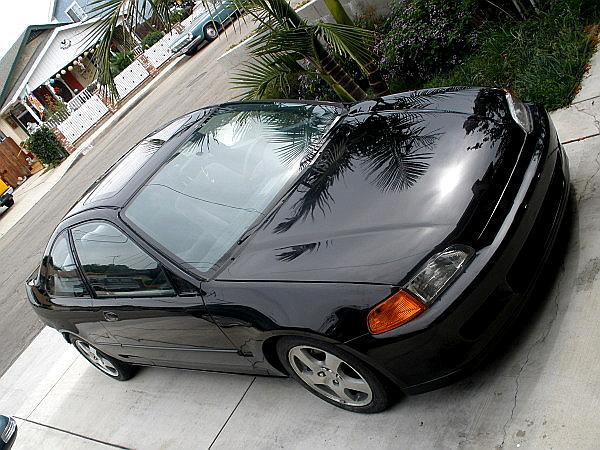 Paul's Black coupe. Carpic03