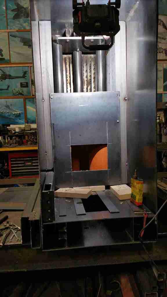 2,600 Gallon Rocket Water Heater 20151007_101146_zps2057426d