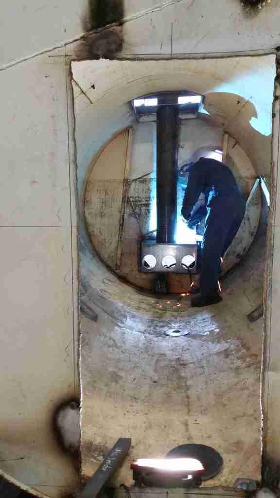 2,600 Gallon Rocket Water Heater 20151007_165435_zps83de7642