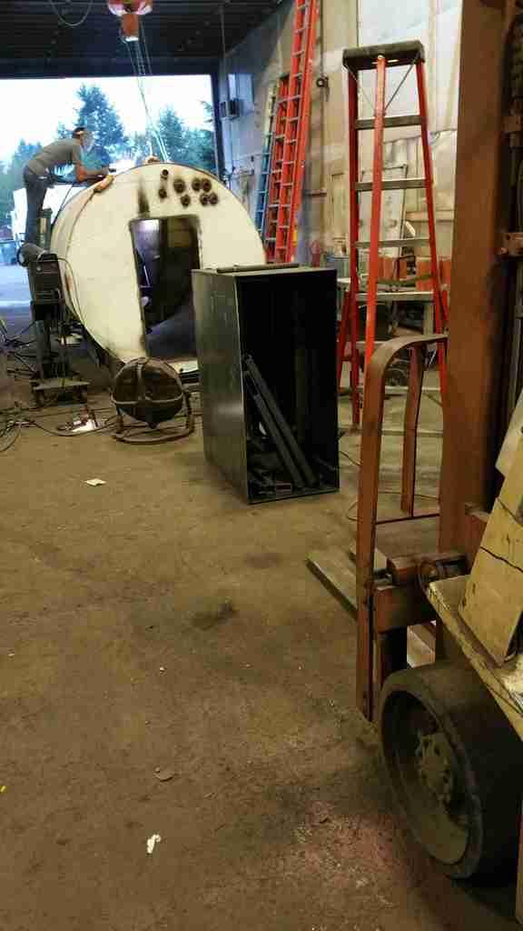 2,600 Gallon Rocket Water Heater 20151007_182836_zpsf9c898cc