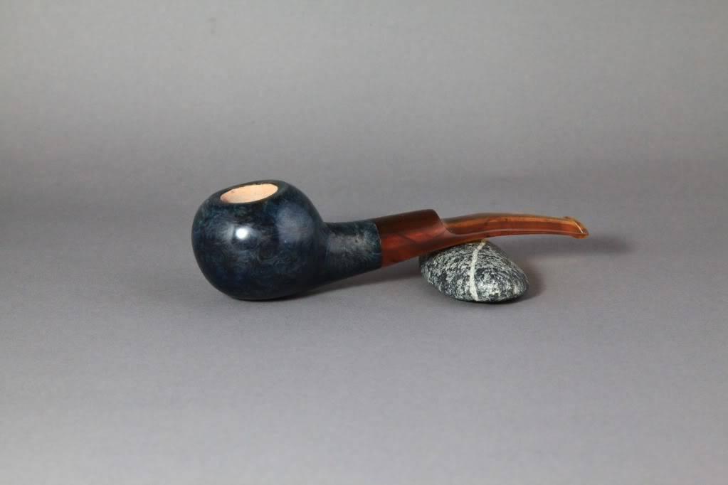 finished this pipe last week (blue tomato) Bluetomato4