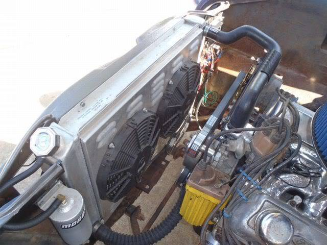 56 Ford Mainline P6170140