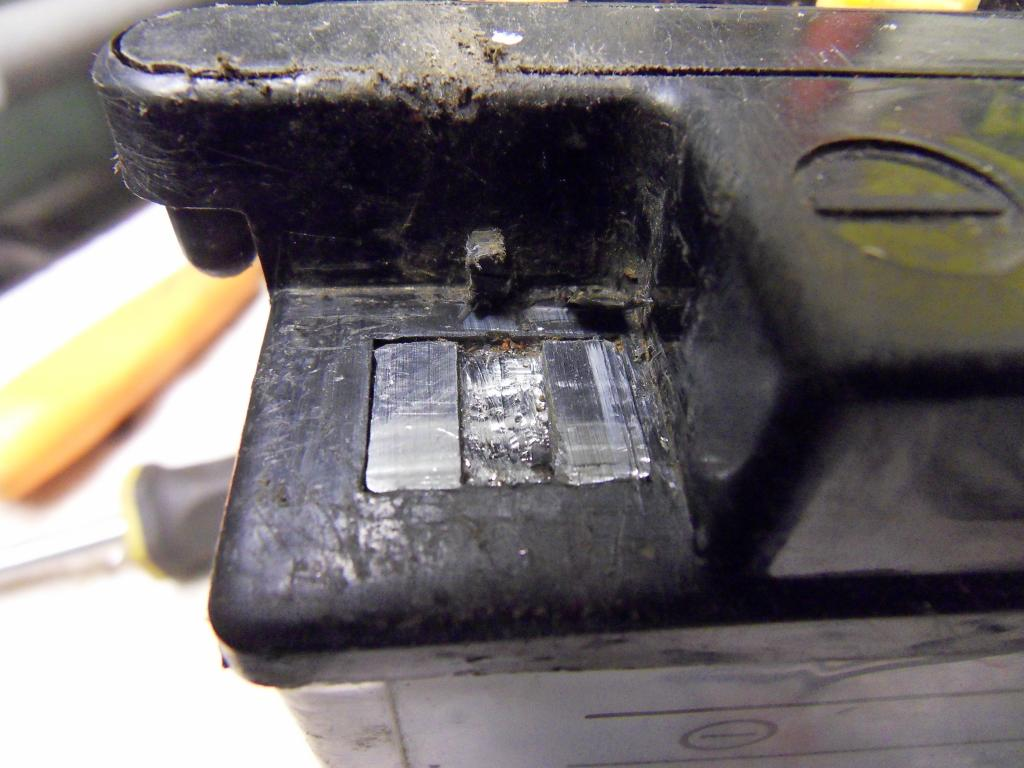 Damaged battery, repaired. SDC10051_zpsce7bff0b