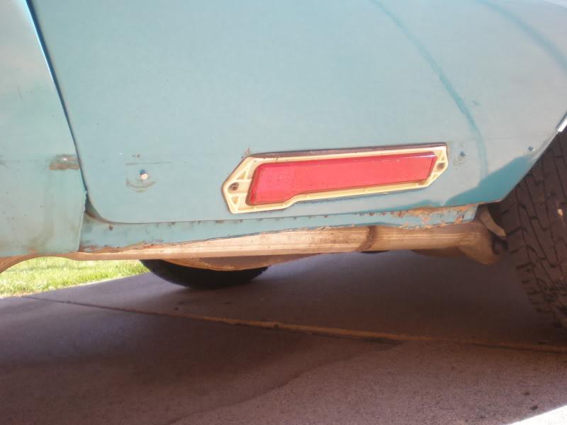 Rear rocker trim. 11