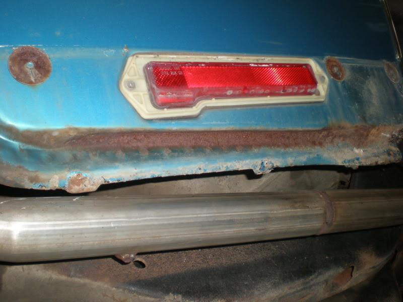 Rear rocker trim. 6-2