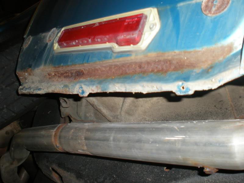 Rear rocker trim. 8-1