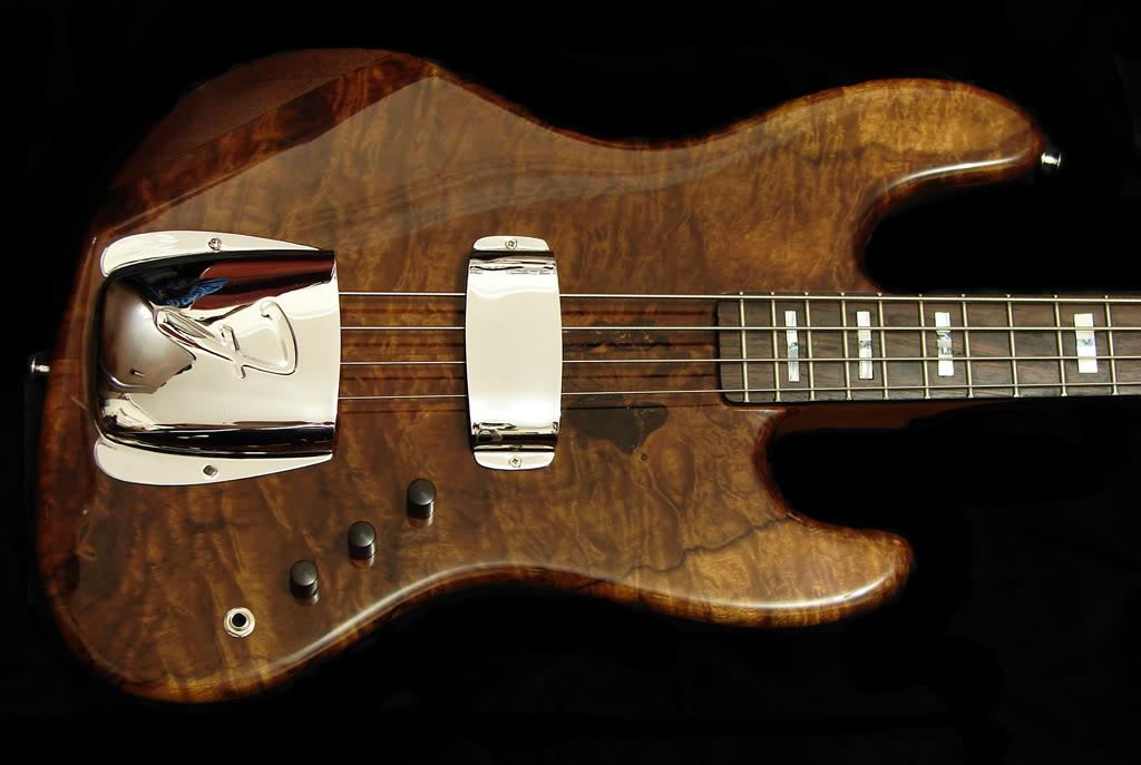 O modelo custom mais lindo feito no Brasil. - Página 2 Jazzbass2