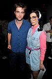 Teen Choice Awards 2010 - Página 3 Th_pattinsonlife-tca5578