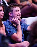 Teen Choice Awards 2010 - Página 3 Th_pattinsonlife-tca556