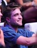 Teen Choice Awards 2010 - Página 3 Th_pattinsonlife-tca5566