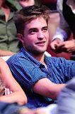 Teen Choice Awards 2010 - Página 3 Th_pattinsonlifetca5591