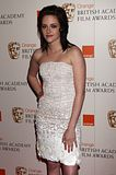 Premios BAFTA 2010  Th_kstewartfans-hq-3431